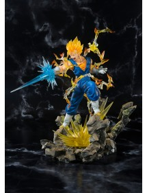 DRAGON BALL Z FIGUARTS ZERO EX  SUPER SAIYAN VEGETTO