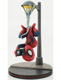 Q-FIG MARVEL COMICS  SPIDER-MAN