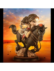 Q-FIG  WONDER WOMAN MOVIE