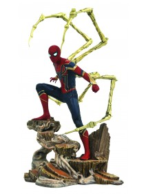 MARVEL GALLERY PVC DIORAMA  AVENGERS INFINITY WAR - IRON SPIDER-MAN