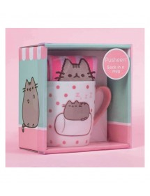 PUSHEEN THE CAT TAZZA CON CALZINI MARSHMALLOW