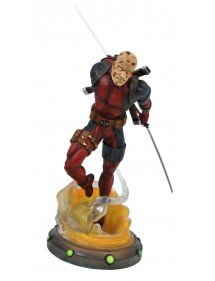 MARVEL GALLERY PVC DIORAMA DEADPOOL UNSMAKED