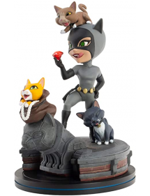 Q-FIG CATWOMAN